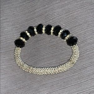 Silver &black bead bracelet- w/crystal in between
